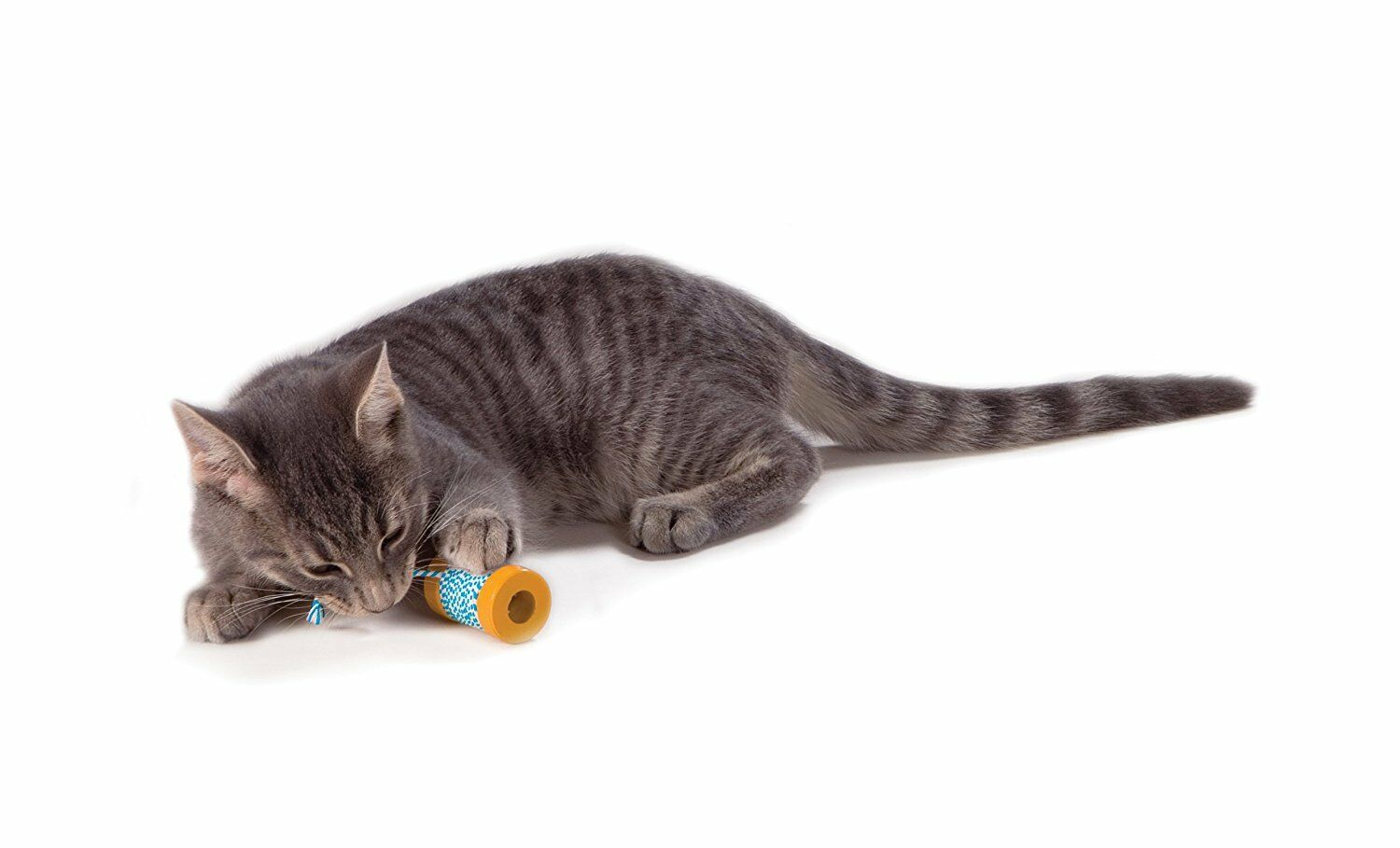 Petstages Okakat Catnip Infused Spool with String sd